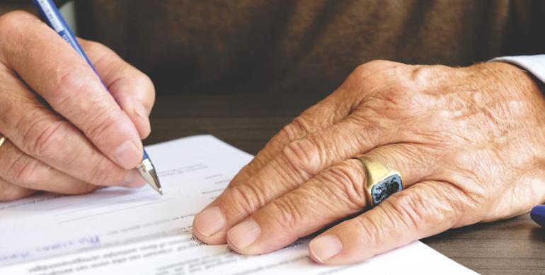 Можно ли изначально не оформлять страховку по кредиту